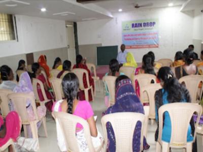 Des femmes en formation en Inde pour faciliter leur émancipation