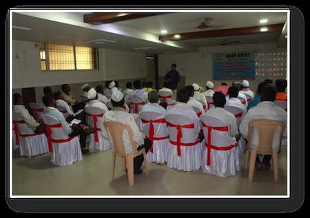 Formation animée par le Docteur Narendra Joshi - 48 agriculteurs